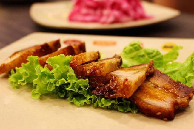 Đổi vị với món thịt nướng thơm nức mũi bằng lò nướng điện Alaska